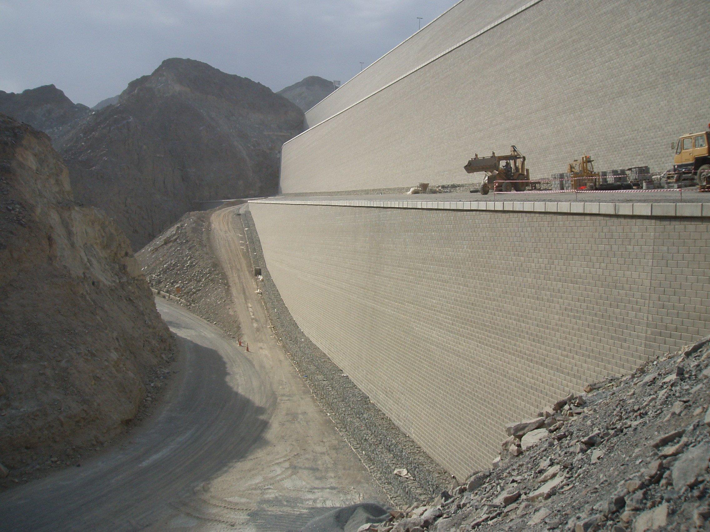 Fijairah-wall-dubai-tensar