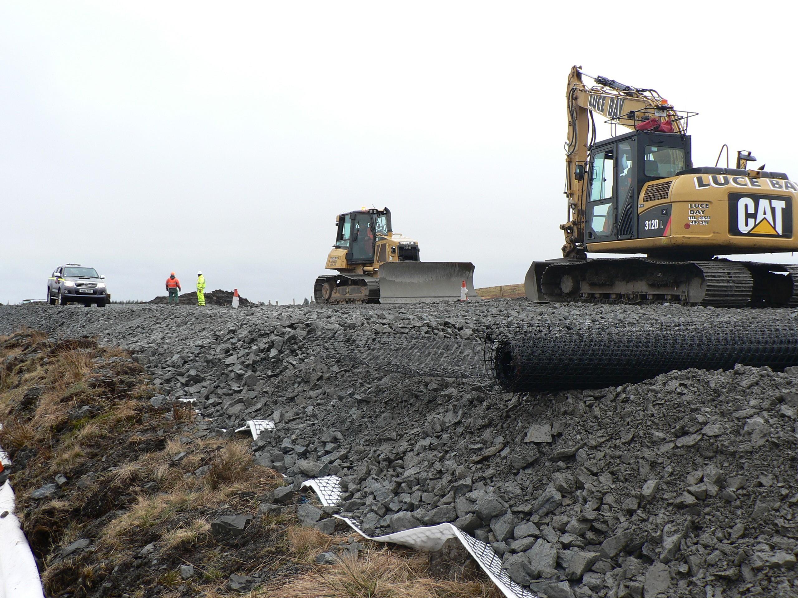 glenchamber-windfarm-access-road-under-construction-tensar
