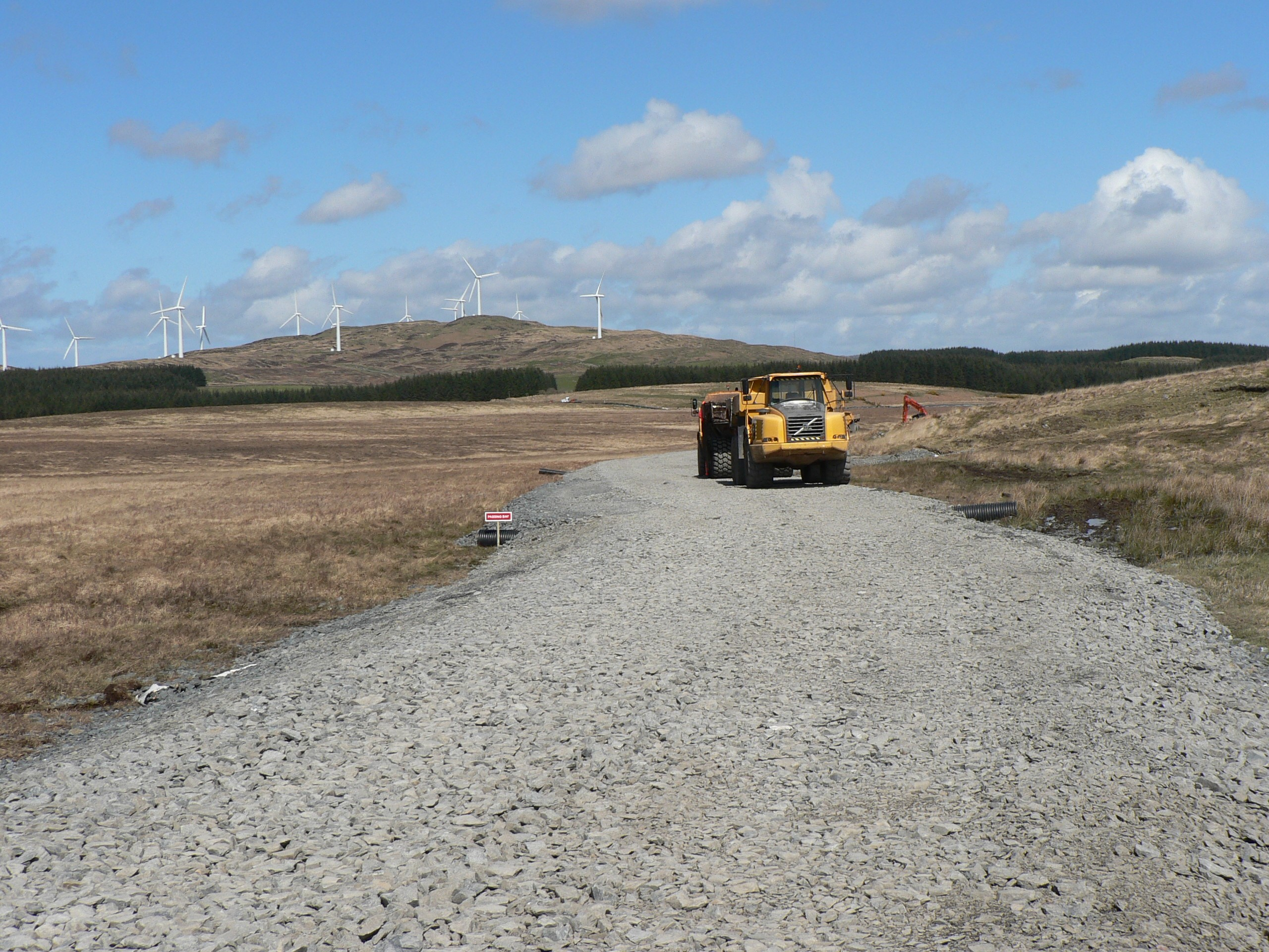 glenchamber-windfarm-access-road-tensar