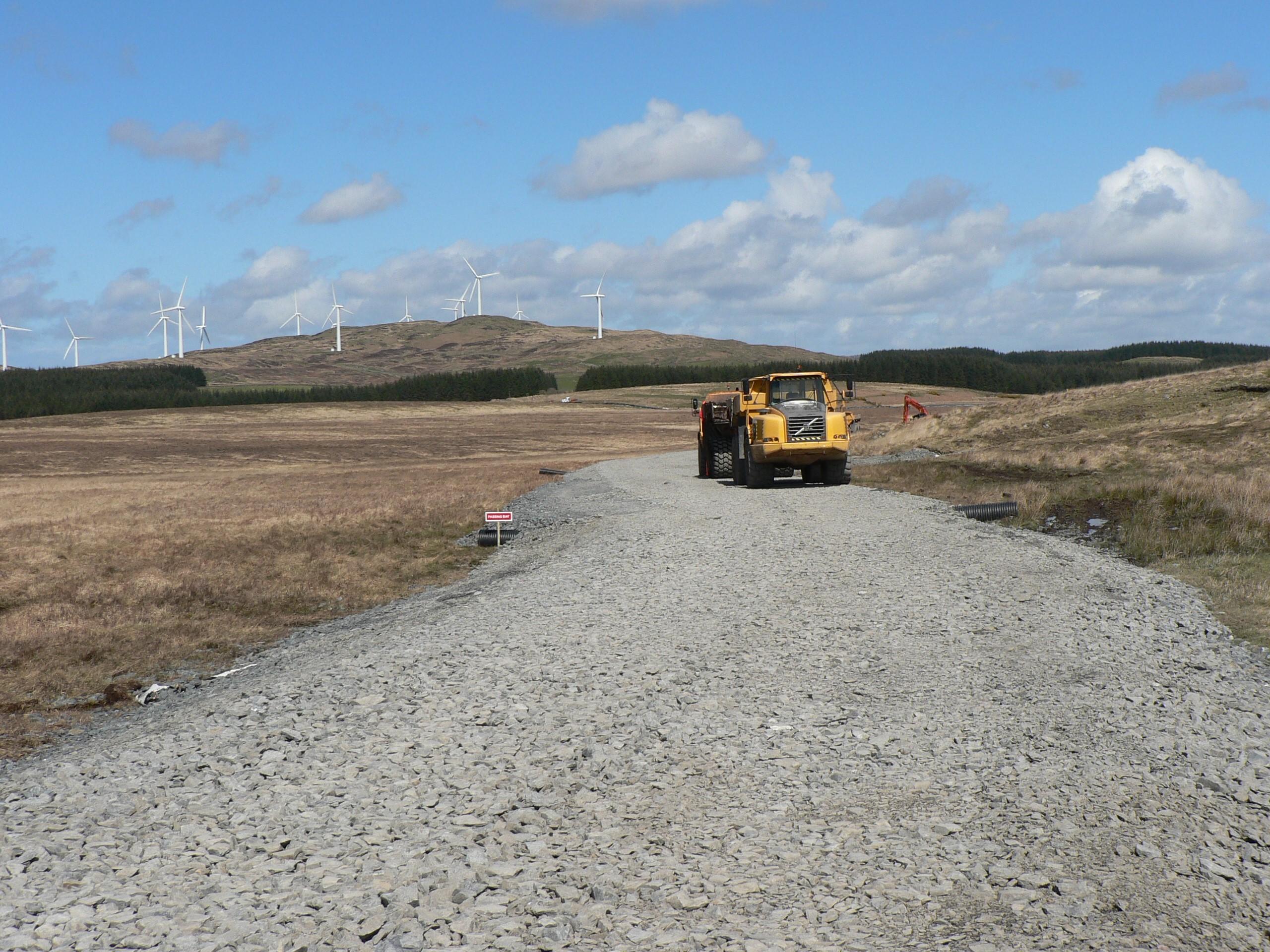 glenchamber-windfarm-access-road-tensar